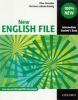 New English File Intermediate Student´s Book (Oxenden, C. - Latham-Koenig, C. - Seligson, P.)